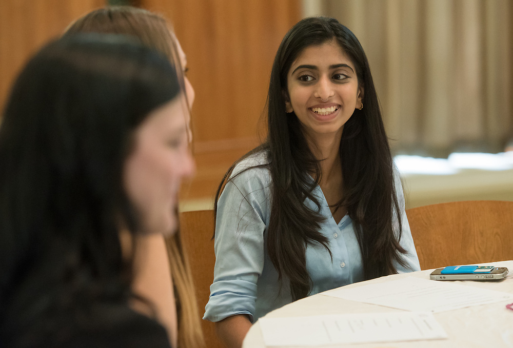 Kisha Ravi talks with her mentor during the Women's Mentoring Meet and Greet event on Sept. 4, 2018 in Walter Rotunda. Photo by Hannah Ruhoff