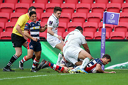 Jack Wallace of Bristol Rugby scores the opening try - Rogan Thomson/JMP - 11/12/2016 - RUGBY UNION - Ashton Gate Stadium - Bristol, England - Bristol Rugby v Pau - European Rugby Challenge Cup.
