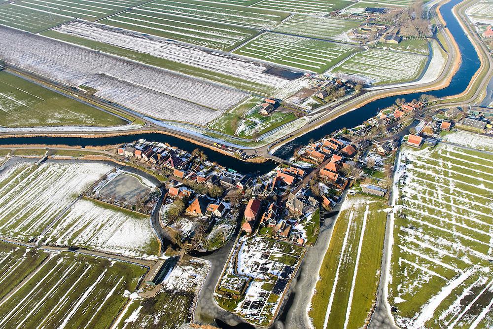 Nederland, Noord-Holland, gemeente Schermer, 28-10-2016; dorp Driehuizen op de grens van Eilandspolder en De Schermer. Winterlandschap.<br /> Small polders near Alkmaar, with village and polder Schermer. Winter Landscape.<br /> <br /> luchtfoto (toeslag op standard tarieven);<br /> aerial photo (additional fee required);<br /> copyright foto/photo Siebe Swart