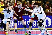 Håndball , 29. november 2013 , Møbelringen Cup kvinner<br /> Russland - Sør-Korea<br /> Anna Sen (8) , Russland , Ksenia Makeeva (19) , Russland<br /> Sumin Choi (7) , Sør, Korea<br /> Hyunji Yoo (13 , Sør-Korea<br /> Handball , Women<br /> Russi - Korea