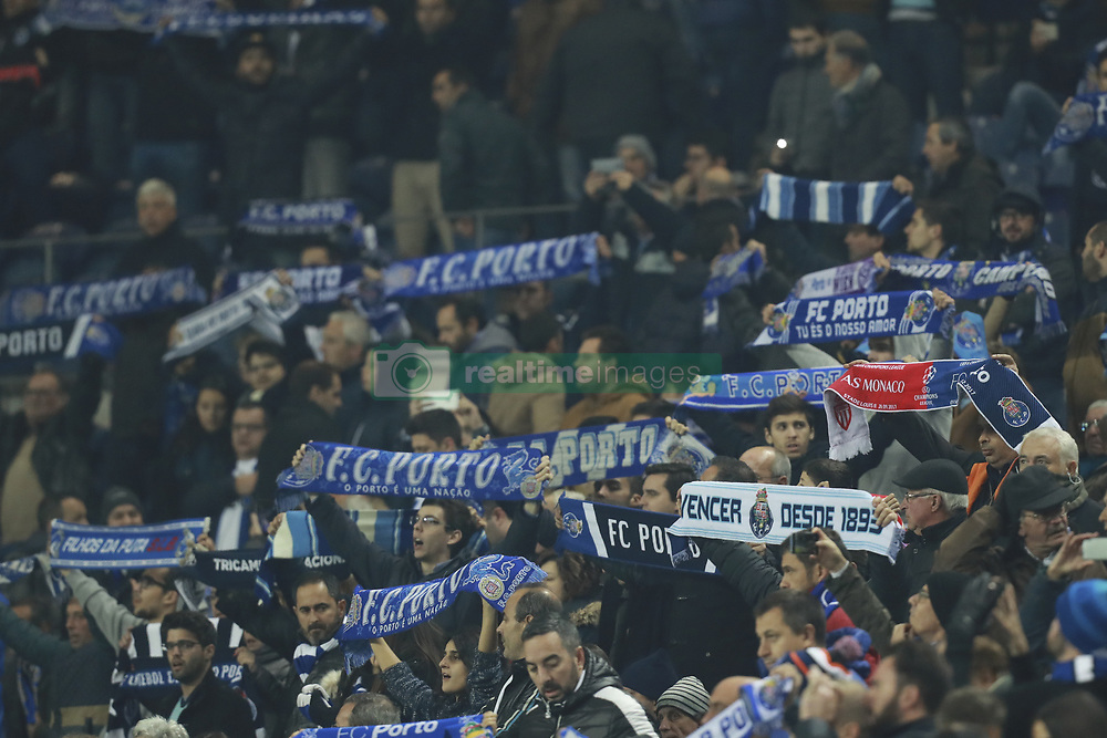 December 6, 2017 - Na - Porto, 06/12/2017 - Football Club of Porto received, this evening, AS Monaco FC in the match of the 6th Match of Group G, Champions League 2017/18, in Estádio do Dragão. Adeptos do Porto  (Credit Image: © Atlantico Press via ZUMA Wire)