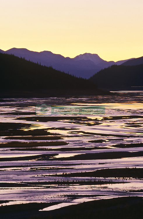 July 21, 2019 - Medicine Lake, Jasper National Park, Alberta, Canada (Credit Image: © Bilderbuch/Design Pics via ZUMA Wire)