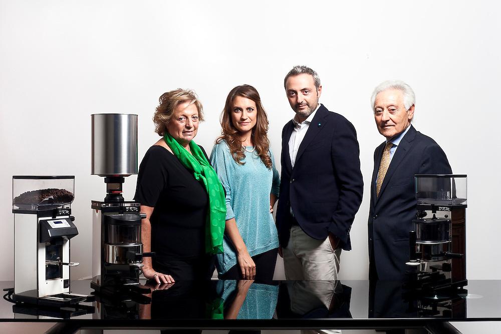 Rosanna Levini, Eleonora Bardoni, Simone Pachi e Mario Pachi.  Azienda Pielle.  Binasco, Milano.