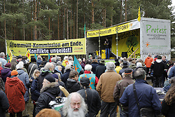 Aufmarsch der Landwirte der Bäuerlichen Notgemeinschaft Lüchow-Dannenberg zum 40. Jahrestag der Standortbenennung Gorlebens <br /> <br /> Ort: Gorleben<br /> Copyright: Andreas Conradt<br /> Quelle: PubliXviewinG