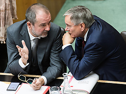 12.10.2016, Parlament, Wien, AUT, Parlament, Nationalratssitzung, Sitzung des Nationalrates mit Budgetrede des Finanzministers, im Bild v.l.n.r. Kanzleramtsminister Thomas Drozda (SPÖ) und Bundesminister für Arbeit, Soziales und Konsumentenschutz Alois Stöger (SPÖ) // f.l.t.r. Austrian minister of chancellary Thomas Drozda and Austrian Minister of state for employment, social affairs and consumerism Alois Stoeger during meeting of the National Council of austria according to government budget 2017 at austrian parliament in Vienna, Austria on 2016/10/12, EXPA Pictures © 2016, PhotoCredit: EXPA/ Michael Gruber
