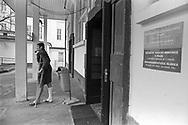 Prague, 2001: Ospedale Karlovo Nemesti, uomo con gamba ingessata fuma la pipa - Karlovo Nemesti hospital.<br /> &copy;Andrea Sabbadini