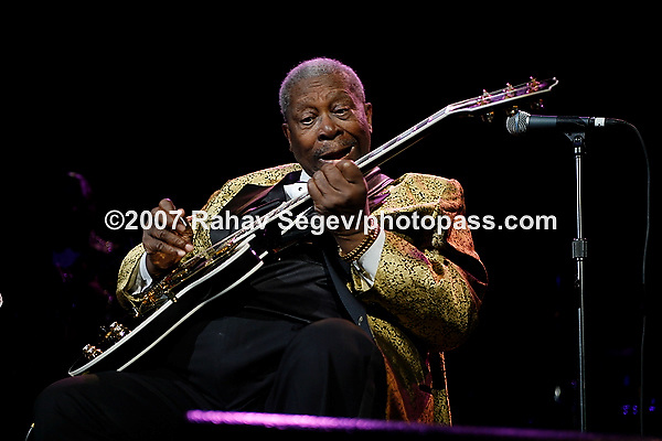 BB King performing at Madison Square Garden's Theater on August 7, 2007.