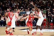 DESCRIZIONE : Milano Euroleague 2015-16 EA7 Emporio Armani Milano - Olympiacos Piraeus<br /> GIOCATORE : Krunoslav Simon<br /> CATEGORIA : palleggio controcampo<br /> SQUADRA : EA7 Emporio Armani Milano<br /> EVENTO : Euroleague 2015-2016<br /> GARA : EA7 Emporio Armani Milano - Olympiacos Piraeus<br /> DATA : 30/10/2015<br /> SPORT : Pallacanestro<br /> AUTORE : Agenzia Ciamillo-Castoria/Max.Ceretti<br /> Galleria : Euroleague 2015-2016 <br /> Fotonotizia: Milano Euroleague 2015-16 EA7 Emporio Armani Milano - Olympiacos Piraeus