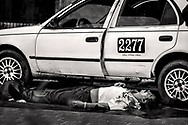 Asesinato del Taxista Julio Cesar Amador en la colonia Satelite Jupiter de la ciudad de San Pedro Sula por dos disparos de arma de fuego en un asalto mientras trabajaba