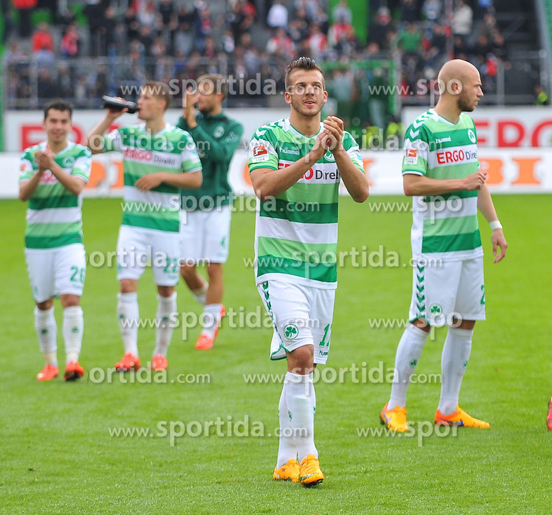 03.05.2015, Stadion am Laubenweg, Fuerth, GER, 2. FBL, SpVgg Greuther Fuerth vs Fortuna Duesseldorf, 31. Runde, im Bild Die Spieler der SpVgg Greuther Fuerth bejubeln nach Abpfiff den Sieg gegen Fortuna Duesseldorf. mitte: Zlatko Tripic (Greuther Fuerth) // during the 2nd German Bundesliga 31th round match between SpVgg Greuther Fuerth and Fortuna Duesseldorf at the Stadion am Laubenweg in Fuerth, Germany on 2015/05/03. EXPA Pictures &copy; 2015, PhotoCredit: EXPA/ Eibner-Pressefoto/ Merz<br /> <br /> *****ATTENTION - OUT of GER*****