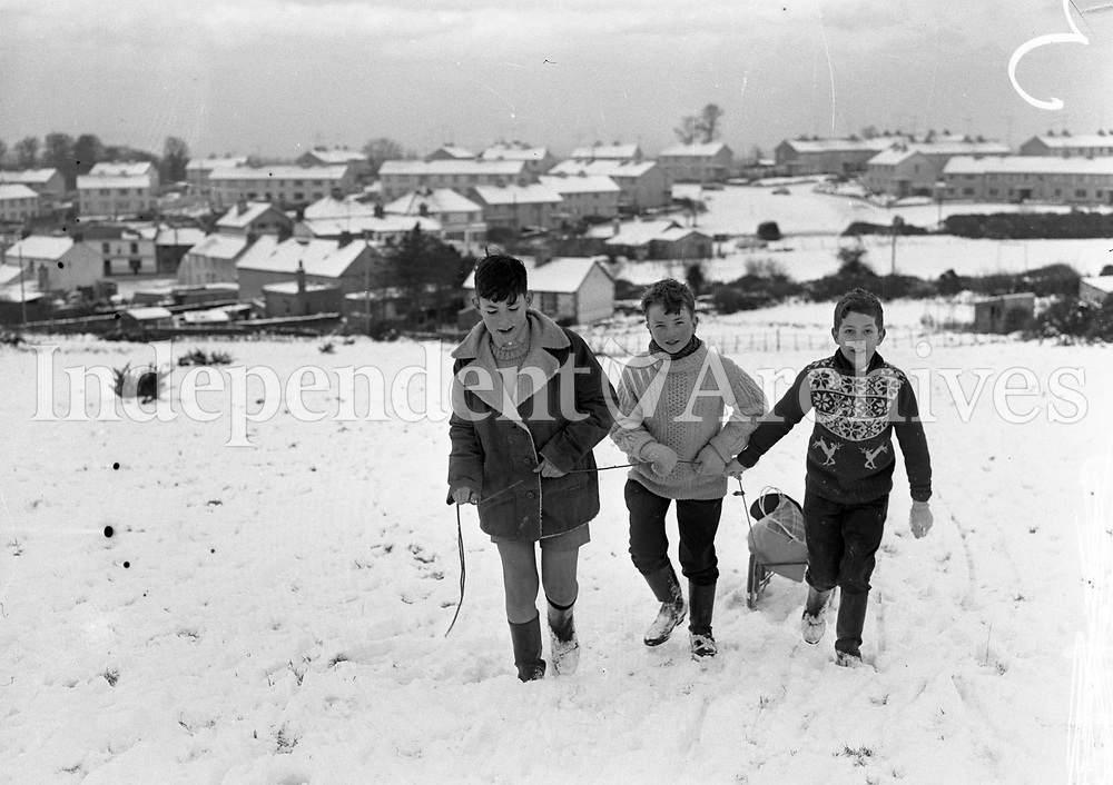 Snow in Dublin. 29/12/62. (Part of the Independent Newspapers Ireland/NLI Collection)
