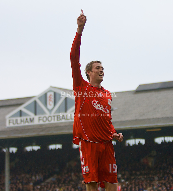 LONDON, ENGLAND - Saturday, April 19, 2008: Liverpool's Peter Crouch celebrates scoring the second goal against Fulham during the Premiership match at Craven Cottage. (Photo by David Rawcliffe/Propaganda)