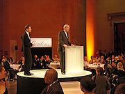Sir Nicholas Serota and Peter Snow, 2004 Turner prize. Tate Britain. 7 December 2004. ONE TIME USE ONLY - DO NOT ARCHIVE  © Copyright Photograph by Dafydd Jones 66 Stockwell Park Rd. London SW9 0DA Tel 020 7733 0108 www.dafjones.com