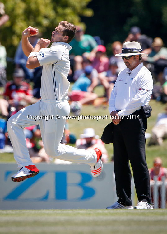 Tim Southee bowls. Day 4, ANZ Boxing Day Cricket Test, New Zealand Black Caps v Sri Lanka, 29 December 2014, Hagley Oval, Christchurch, New Zealand. Photo: John Cowpland / www.photosport.co.nz