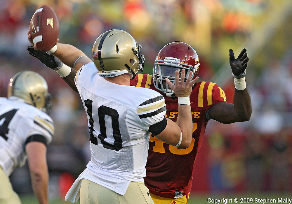 September 26, 2009: Iowa State linebacker Fred Garrin (43) closes in on Army quarterback Chip Bowden (10) during the first half of the Iowa State Cyclones' 31-10 win over the Army Black Knights at Jack Trice Stadium in Ames, Iowa on September 26, 2009.