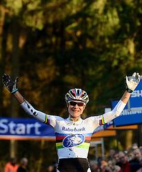 12-01-2014 WIELRENNEN: STANNAH NK CYCLOCROSS: GASSELTE<br /> Marianne Vos wint NK cross<br /> &copy;2014-FotoHoogendoorn.nl