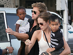 Brad Pitt, Angelina Jolie, Maddox and Zahara have a boat trip off shore Mumbai, (Bombay) India during a break of the filming of 'Mighty Heart' on November 18, 2006. Photo by ABACAPRESS.COM  | 110270_22 Mumbai Inde India