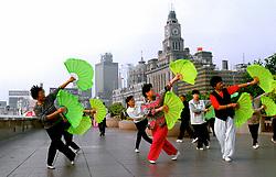 CHINA SHANGHAI MAY99 - Chinese women practice Tai Chi on the Bund. ..jre/Photo by Jiri Rezac..© Jiri Rezac 1999..Contact: +44 (0) 7050 110 417.Mobile:  +44 (0) 7801 337 683.Office:  +44 (0) 20 8968 9635..Email:   jiri@jirirezac.com.Web:    www.jirirezac.com..© All images Jiri Rezac 1999 - All rights reserved.