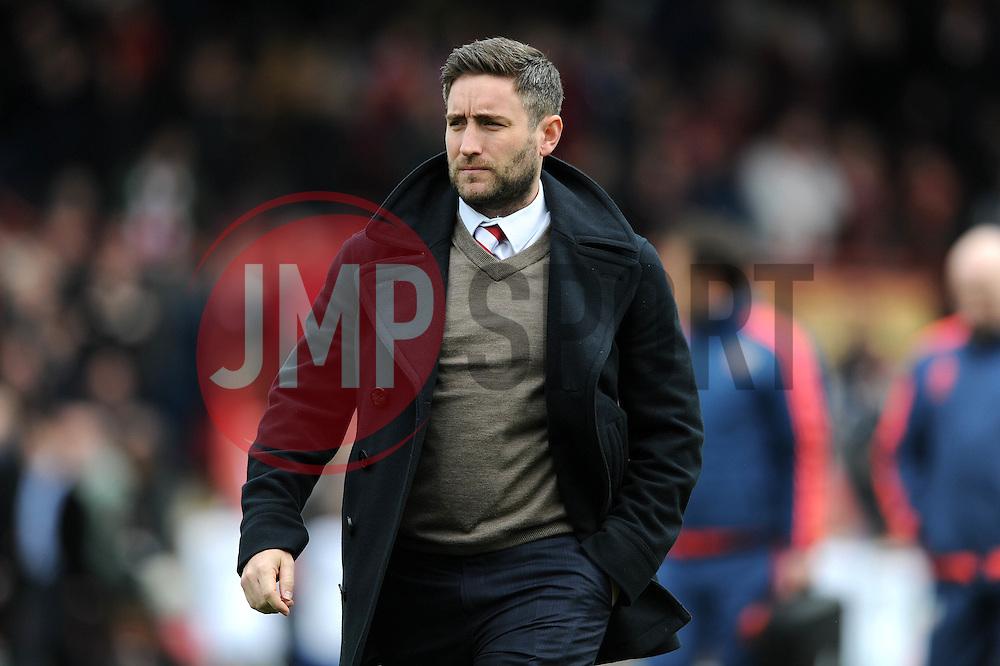 Bristol City head coach Lee Johnson - Mandatory by-line: Dougie Allward/JMP - 16/04/2016 - FOOTBALL - Griffin Park - Brentford, England - Brentford v Bristol City - Sky Bet Championship