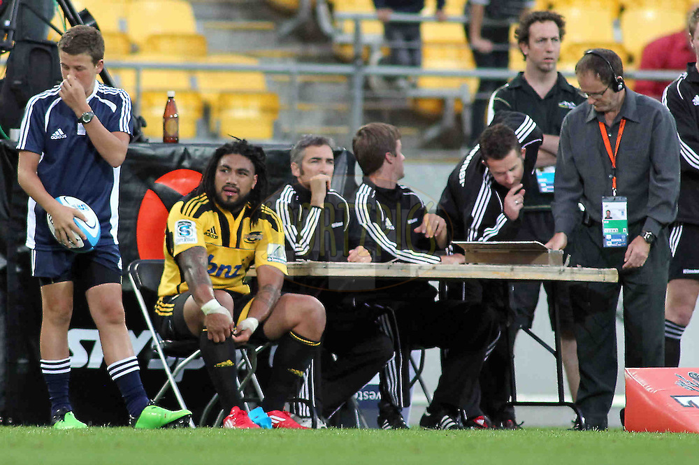 Ma'a Nonu in the sin bin for the first time. Super 15 - Hurricanes v Highlanders, Westpac stadium, Wellington, 18 February 2011. PHOTO: Grant Down / photosport.co.nz