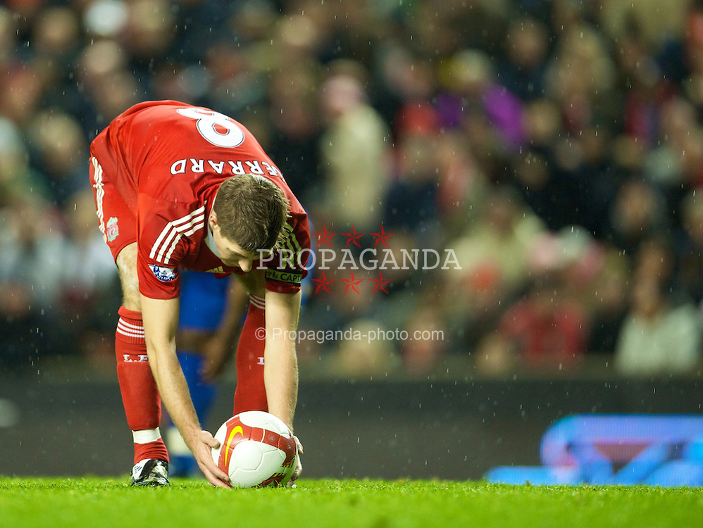 LIVERPOOL, ENGLAND - Wednesday, October 29, 2008: Liverpool's Steven Gerrard MBE places the ball on the penalty spot as he set-up his 101th goal for the club during the Premiership match against Portsmouth at Anfield. (Photo by David Rawcliffe/Propaganda)
