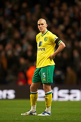 03.12.2011, City of Manchester Stadium, Manchester, ENG, PL, Manchester City vs Norwich City, 14. Spieltag, im Bild Norwich City's Steve Morison looks dejected after Manchester City's fifth goal // during the football match of english Premier League, 14th round between Manchester City vs Norwich City at City of Manchester stadium, Manchester, ENG on 2011/12/03. EXPA Pictures © 2011, PhotoCredit: EXPA/ Sportida/ David Rawcliff..***** ATTENTION - OUT OF ENG, GBR, UK *****