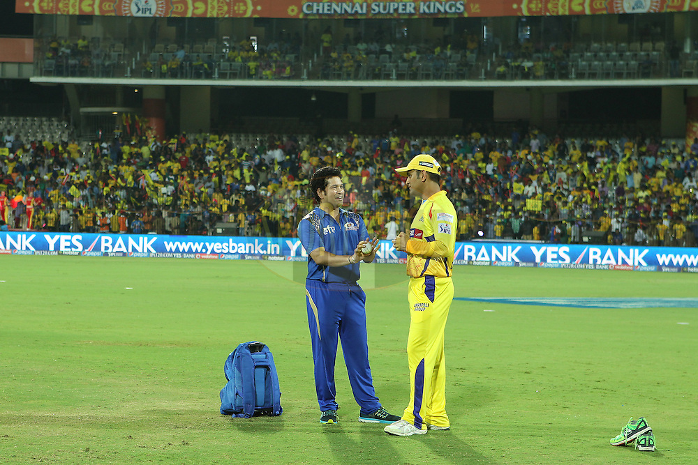 Sachin Tendulkar and MS Dhoni captain of the Chennai Superkings chat before the match during match 43 of the Pepsi IPL 2015 (Indian Premier League) between The Chennai Superkings and The Mumbai Indians held at the M. A. Chidambaram Stadium, Chennai Stadium in Chennai, India on the 8th May April 2015.<br /> <br /> Photo by:  Ron Gaunt / SPORTZPICS / IPL