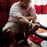 02/07/2012. Senegal, Dakar. One day with the White Lion.    The canarian wrestler Juan Espino, the unique white fighter in the senegalese wrestling.   ©Sylvain Cherkaoui