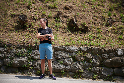 CANYON//SRAM Racing soigneur, Alessandra Borchi waits with bottles on the climb at Giro Rosa 2018 - Stage 8, a 126.2 km road race from San Giorgio di Perlena to Breganze, Italy on July 13, 2018. Photo by Sean Robinson/velofocus.com