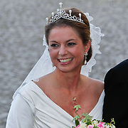 BEL/Brussel/20101120 - Huwelijk prinses Annemarie de Bourbon de Parme-Gualtherie van Weezel en bruidegom Carlos de Borbon de Parme, bruid prinses Annemarie