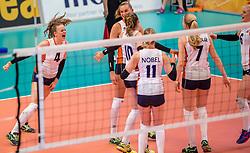 02-04-2017 NED:  CEV U18 Europees Kampioenschap vrouwen dag 2, Arnhem<br /> Nederland - Rusland 3-0 / Dagmar Boom #4