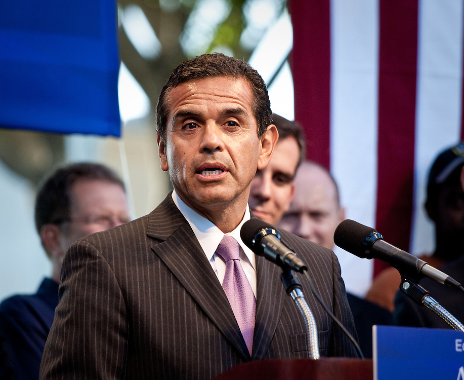 Antonio Villaraigosa, Mayor of Los Angeles, addresses the crowd at a rally after Prop 8 was overturned.