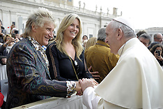 Rod Stewart and wife meet Pope Francis - 23 May 2018