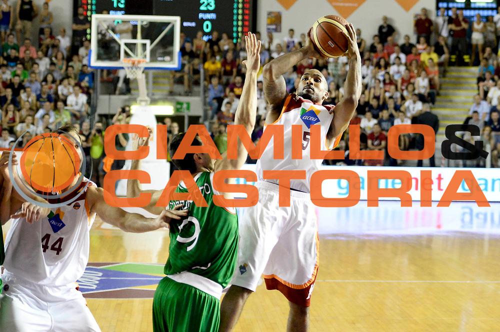 DESCRIZIONE : Roma Lega A 2012-13 Acea Virtus Roma Montepaschi Siena Finale Gara 5<br /> GIOCATORE : Phill Goss<br /> CATEGORIA : tiro tecnica <br /> SQUADRA : Acea Virtus Roma<br /> EVENTO : Campionato Lega A 2012-2013 Play Off Finale Gara 5<br /> GARA : Acea Virtus Roma Montepaschi Siena Finale Gara 5<br /> DATA : 19/06/2013<br /> SPORT : Pallacanestro <br /> AUTORE : Agenzia Ciamillo-Castoria/N. Dalla Mura<br /> Galleria : Lega Basket A 2012-2013 <br /> Fotonotizia : Roma Lega A 2012-13 Acea Virtus Roma Montepaschi Siena Finale Gara 5