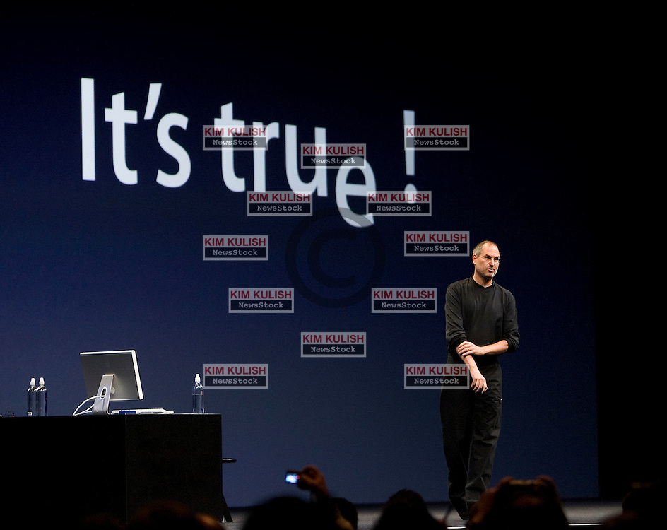 """Apple CEO Steve Jobs announced """"It's True"""" Apple will switch to Intel chips in their new computers.  Jobs made the announcement , during his keynote presentation at the Apple Worldwide Developer's Conference June 6, 2005 in San Francisco, Calif. -Photo by Kim Kulish"""