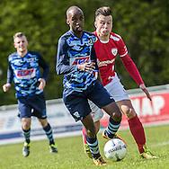 23-04-2016: Voetbal: Sportlust'46 v Zwaluwen: Woerden<br /> <br /> (L-R) Marcelo Gomes da Veiga van vv Zwaluwen, Mitch vd Vlist van Sportlust '46<br /> <br /> Foto: Gertjan Kooij