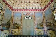 Chinesisches Teehaus im Schlosspark Pillnitz, Dresden, Sachsen, Deutschland.|.Pillnitz Castle Gardens, Chinese Tea house, Dresden, Germany