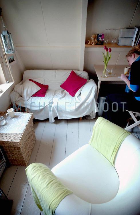 Groningen, Netherlands - 5/10/04: BEZEMKASTEN. Kleine studentenkamers. De kamer van Dienke Harms.
