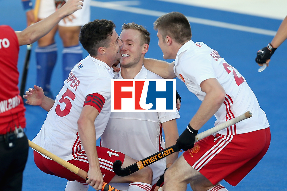 LONDON, ENGLAND - JUNE 20:  David Ames of England celebrates scoring his sides second goal during with his England team mates the Pool A match between England and South Korea on day six of the Hero Hockey World League Semi-Final at Lee Valley Hockey and Tennis Centre on June 20, 2017 in London, England.  (Photo by Alex Morton/Getty Images)