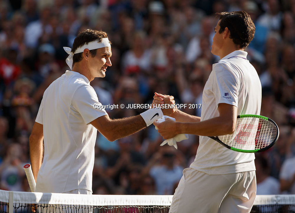 MILOS RAONIC (CAN) gratuliert dem Sieger ROGER FEDERER (SUI)<br /> <br /> Tennis - Wimbledon 2017 - Grand Slam ITF / ATP / WTA -  AELTC - London -  - Great Britain  - 12 July 2017.
