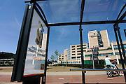 Nederland, Arnhem, 3-7-2006..Rijnstate ziekenhuis met reclamebord voor kankerbestrijding bij kinderen...Foto: Flip Franssen