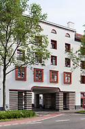 the Naumann housing estate in the district Riehl, built in the years 1927-1929, gateway, Cologne, Germany.<br /> <br /> die Naumannsiedlung im Stadtteil Riehl, in den Jahren 1927-1929 erbaut, Tordurchfahrt, Koeln, Deutschland.