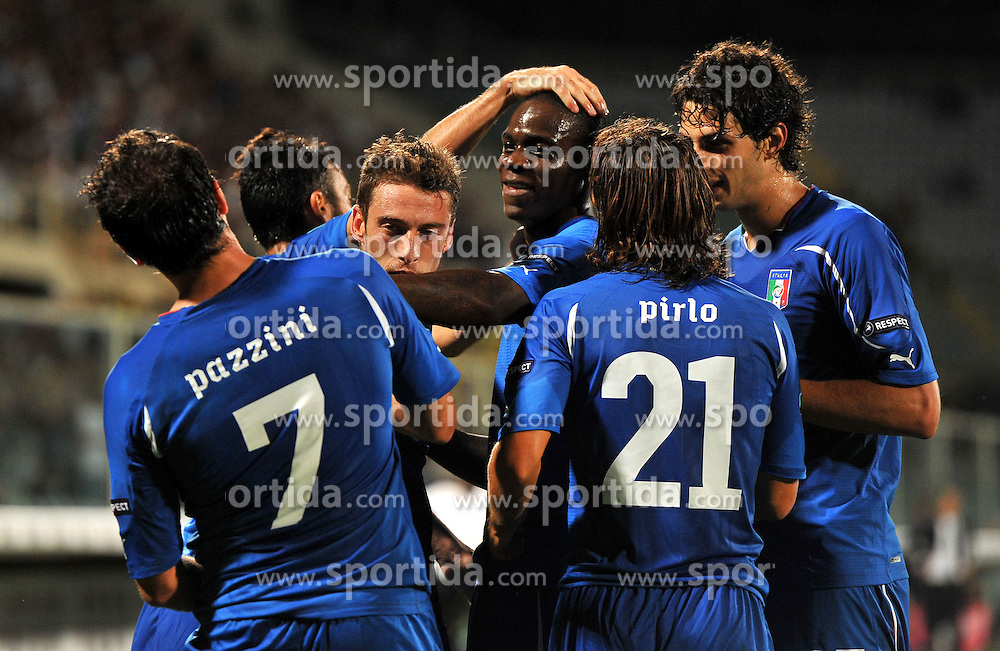 06.09.2011, Stadio Artemio Franchi, Florenz, ITA, UEFA EURO 2012, Qualifikation, Italien vs Slovenien, im Bild Esultanza dopo il gol di Giampaolo PAZZINI  (Italia) goal celebrate.. // during the UEFA Euro 2012 Qualifier Game, Italy vs Slovenia, at Stadio Artemio Franchi Florence Italy on 2011-09-06. EXPA Pictures © 2011, PhotoCredit: EXPA/ InsideFoto/ Alessandro Sabattini +++++ ATTENTION - FOR AUSTRIA/(AUT), SLOVENIA/(SLO), SERBIA/(SRB), CROATIA/(CRO), SWISS/(SUI) and SWEDEN/(SWE) CLIENT ONLY +++++