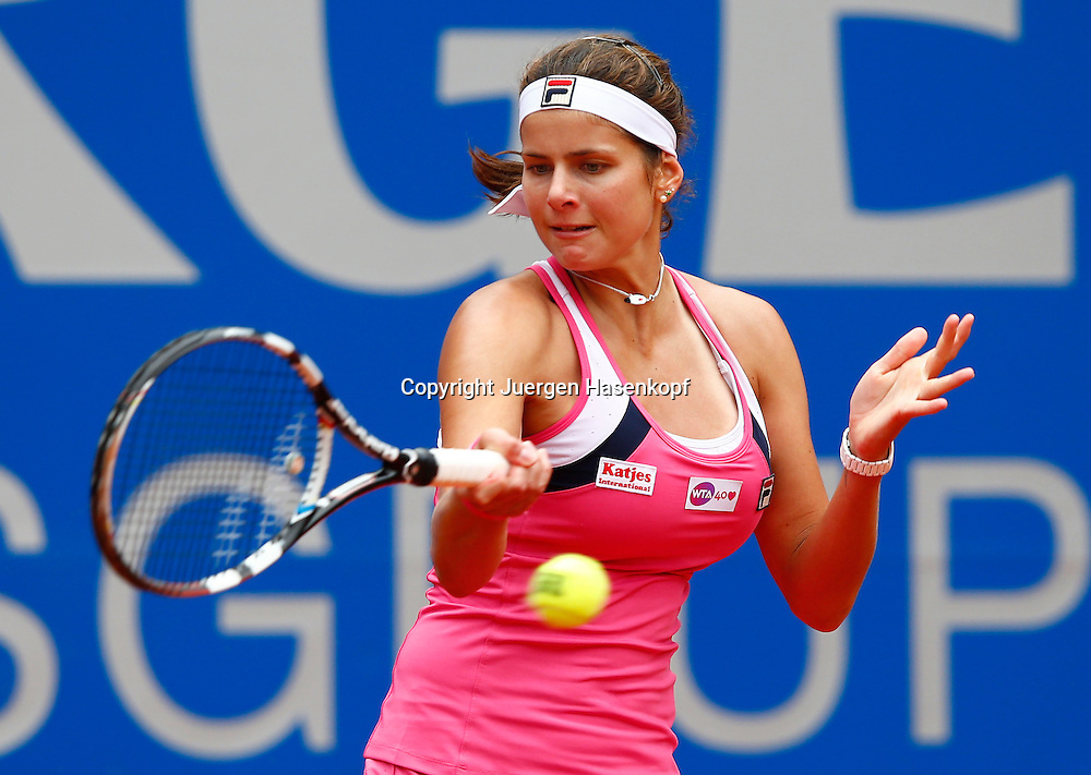 Nuernberger Versicherungscup 2013,WTA Tennis Tournament, Julia Goerges (GER),<br /> Aktion,Einzelbild,Halbkoerper,Querformat,