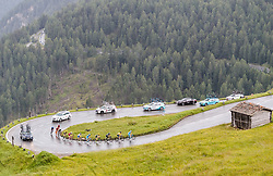 07.07.2017, St. Johann Alpendorf, AUT, Ö-Tour, Österreich Radrundfahrt 2017, 5. Kitzbühel - St. Johann/Alpendorf (212,5 km), im Bild die Verfolgergruppe auf der Grossglockner Hochalpenstrasse // the chasing group on the Grossglockner High Alpine Road during the 5th stage from Kitzbuehel - St. Johann/Alpendorf (212,5 km) of 2017 Tour of Austria. St. Johann Alpendorf, Austria on 2017/07/07. EXPA Pictures © 2017, PhotoCredit: EXPA/ JFK