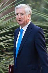 Downing Street, London, January 19th 2016. Defence Secretary Michael Fallon arrives at the weekly cabinet meeting. ///FOR LICENCING CONTACT: paul@pauldaveycreative.co.uk TEL:+44 (0) 7966 016 296 or +44 (0) 20 8969 6875. ©2015 Paul R Davey. All rights reserved.