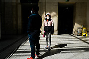 Parigi: fase due Covid19 deconfinamento, dal 11 maggio la Francia prova a ricominciare dopo 2 mesi di stop - La Gare Saint Lazare con molti meno passeggieri.<br />Paris : Covid 19 Outbreak Deconfinement, from 11 May France tries to re-start after a 2 month stop - Gare Saint Lazare with far fewer passengers