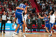EUROPEI STOCCOLMA 2003<br /> FINALE 3 - 4 POSTO <br /> ITALIA - FRANCIA<br /> NELLA FOTO: ALEX RIGHETTI<br /> FOTO CIAMILLO