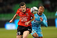 FOOTBALL - FRENCH CHAMPIONSHIP 2009/2010 - L1 - STADE RENNAIS v RC LENS - 16/01/2010 - PHOTO PASCAL ALLEE / DPPI - ROMAIN DANZE (RENNES) / KEVIN MONNET-PAQUET (LENS)