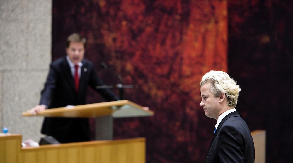 Nederland. Den Haag, 19 september 2007.<br /> Tweede dag algemene politieke beschouwingen in de tweede kamer.<br /> PVV leider Geert Wilders luistert vaat VVD leider Mark Rutte.<br /> Foto Martijn Beekman <br /> NIET VOOR TROUW, AD, TELEGRAAF, NRC EN HET PAROOL